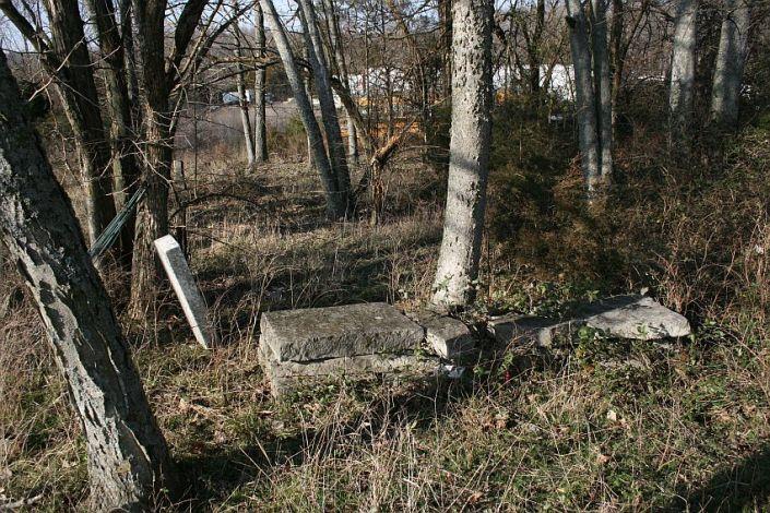knox-cemetery2